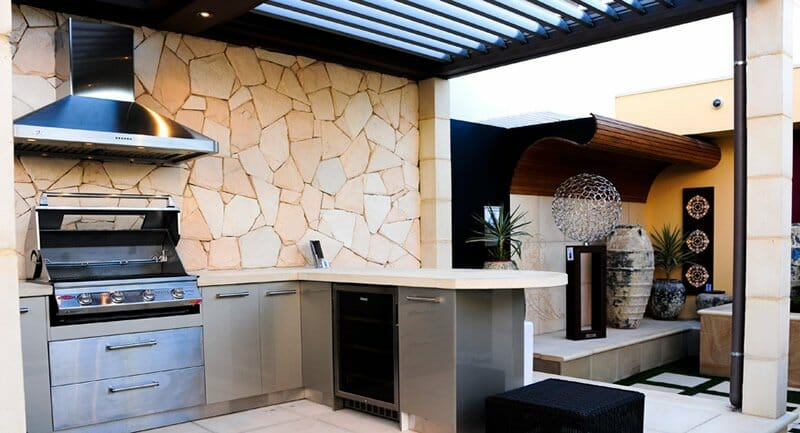 Arctic Limestone Outdoor Kitchen