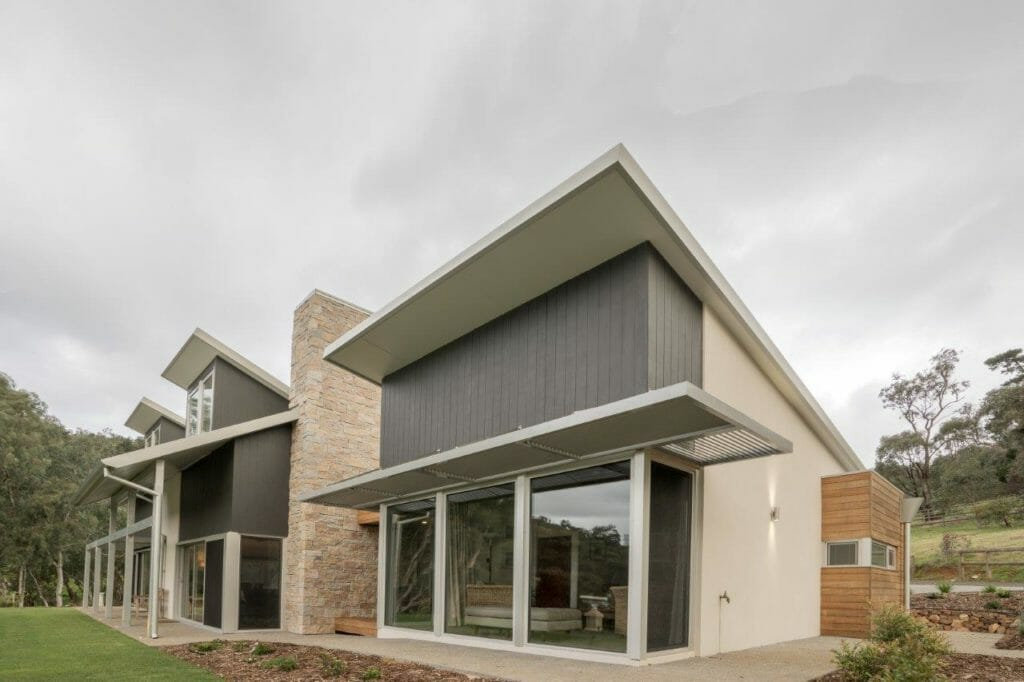 Dry Stack Natural Grey facade feature