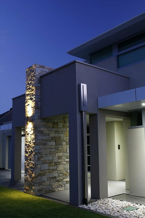 Dry Stack Natural Grey blade feature wall
