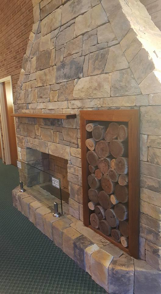 Drystack Earth fireplace