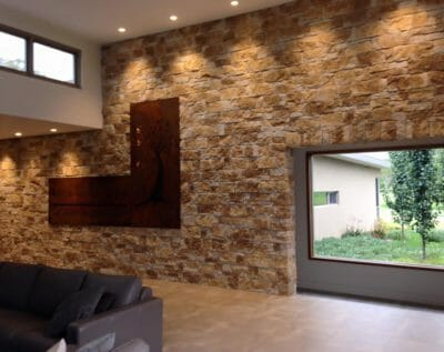 Drystack Natural Grey feature wall