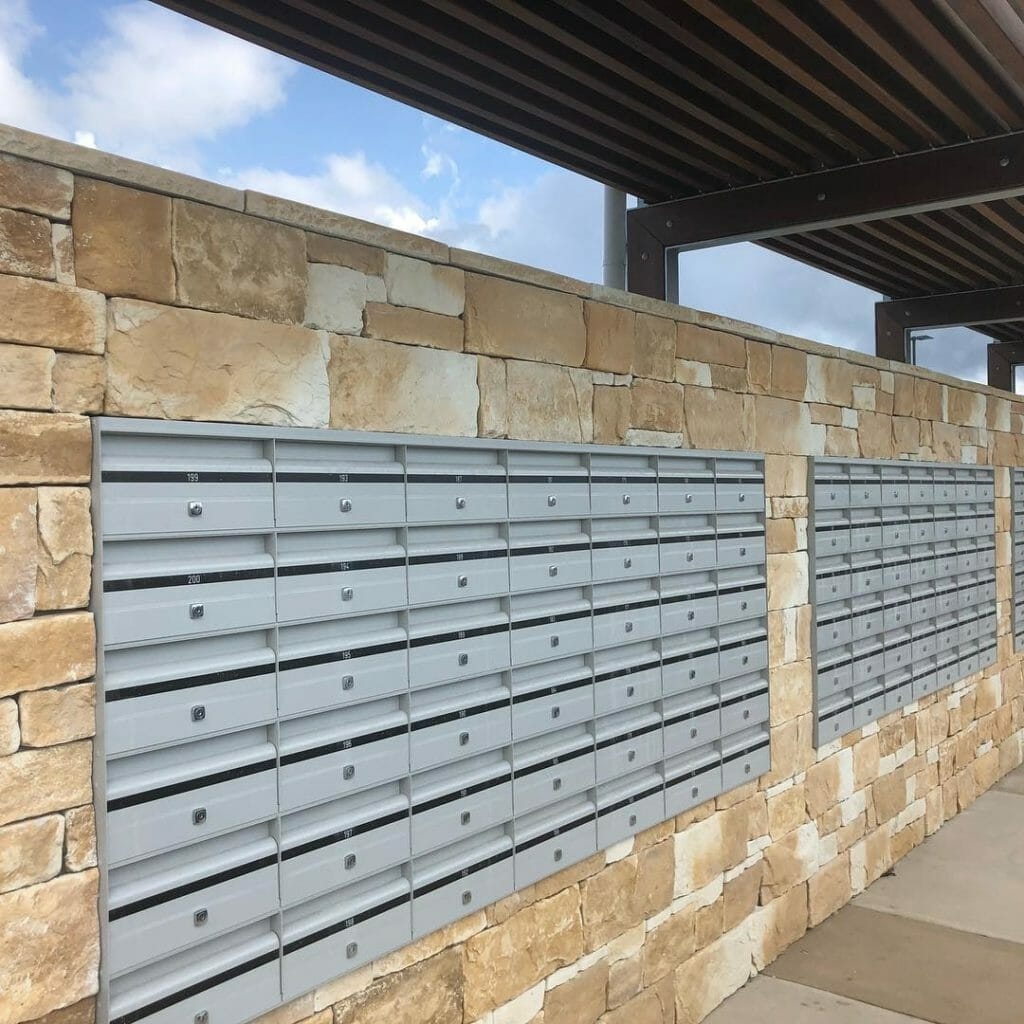 Drystack Sandstone feature wall