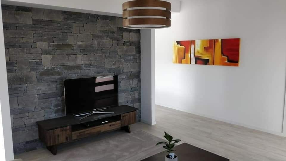 Dry Stacked Slate feature wall