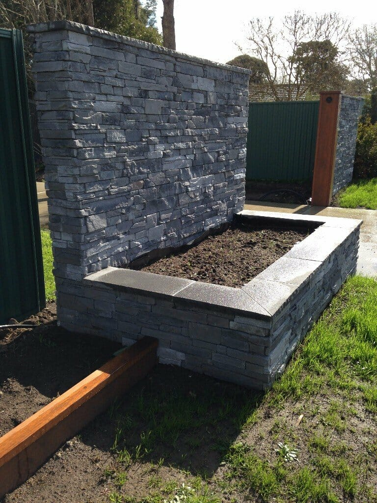 Ledgestone Slate retaining wall plus capping