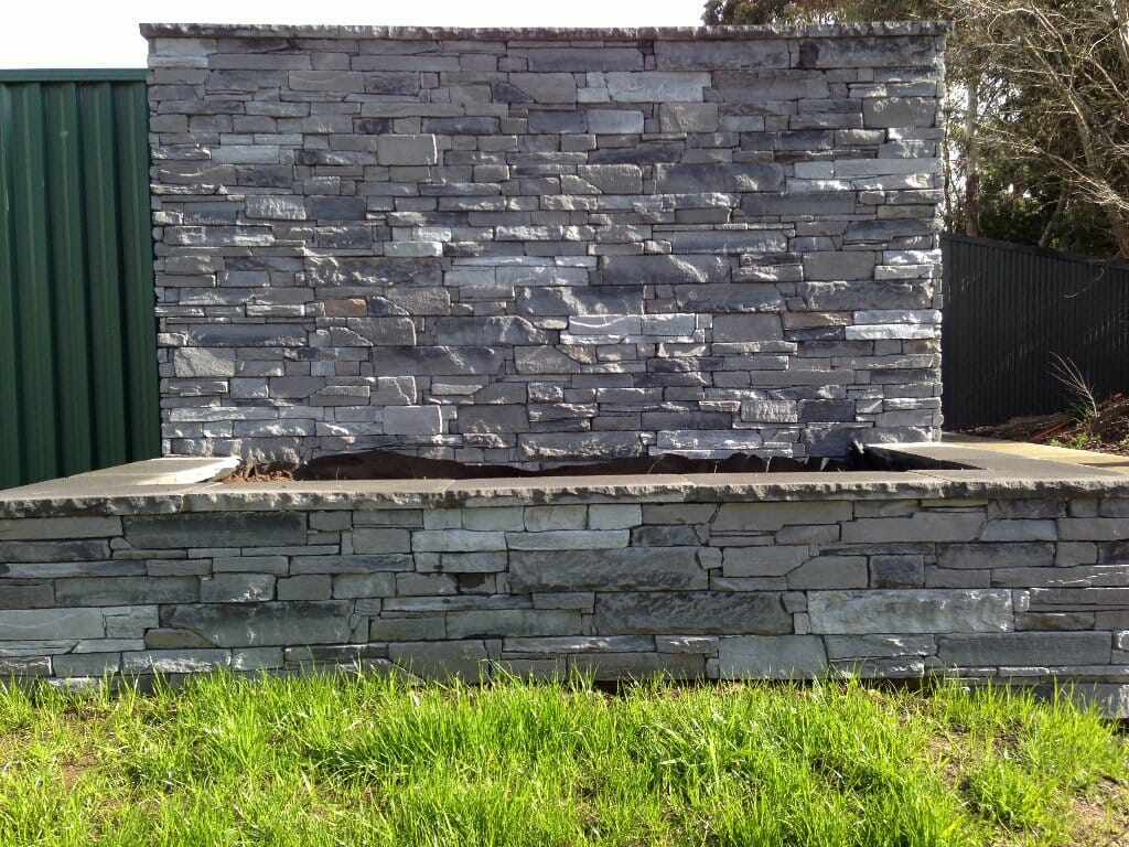 ledgestone-slate-plus-capping