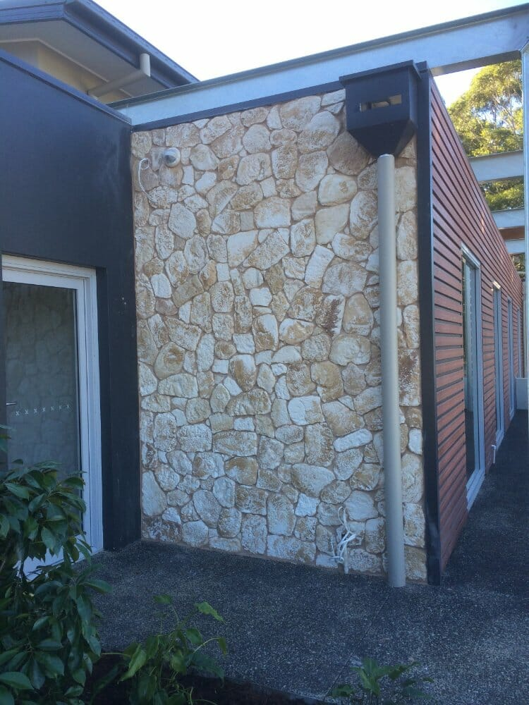 South Coast Limestone feature wall