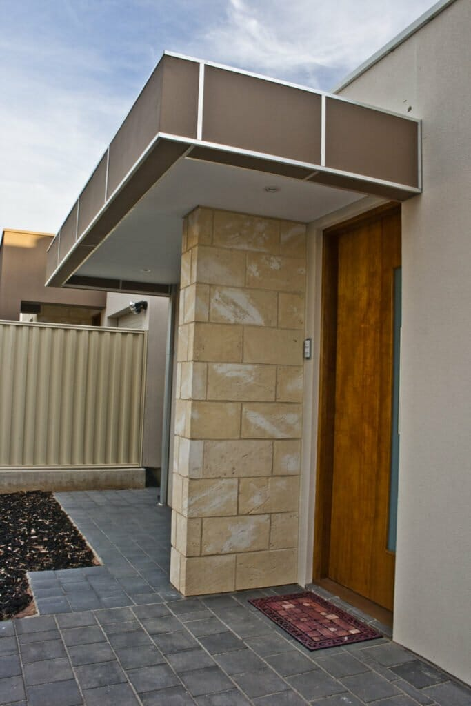 WA Limestone House blade feature