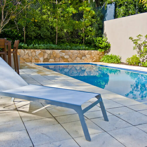 arctic-sandstone-poolside-wall