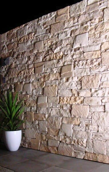 dry-stacked-limestone-blade-wall