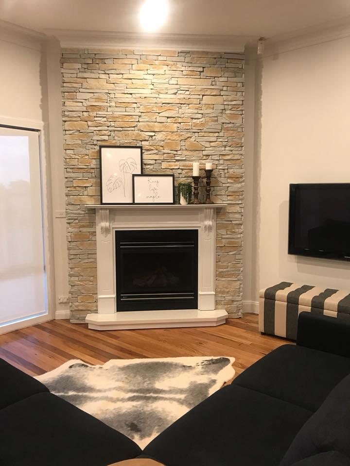 Ledgestone Natural Grey fireplace