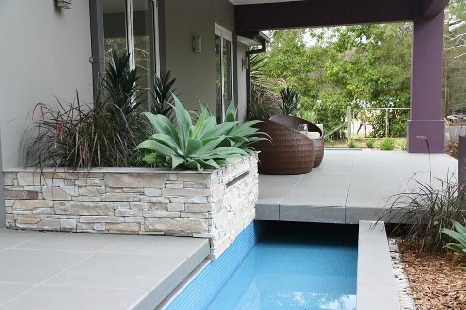 Ledgestone Natural Grey outdoor living retaining wall water feature