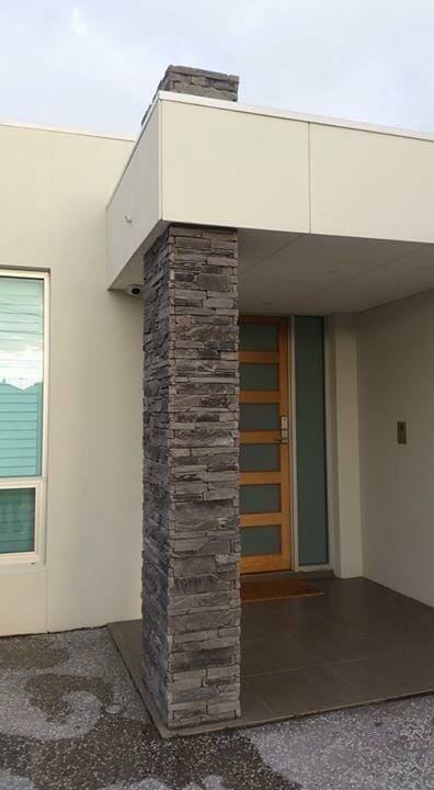 Ledgestone Slate feature pillar