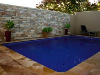 Dry Stacked Natural Grey pool feature wall