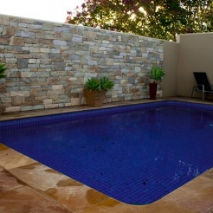 natural-grey-stacked-stone-pool