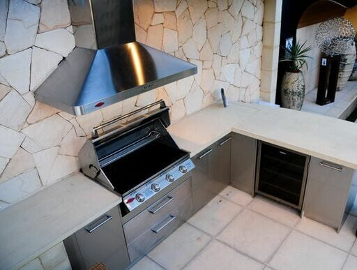 Arctic Sandstone feature wall outdoor kitchen