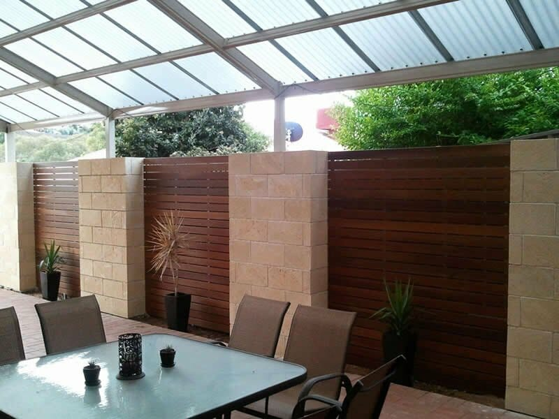 WA Limestone feature wall outdoor living