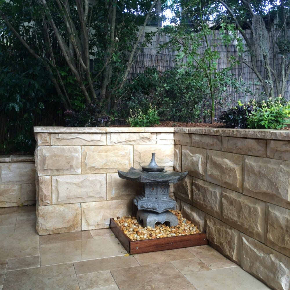 Dressed Edge Sandstone retaining wall